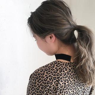 グラデーションカラー ハイライト 外国人風カラー セミロング ヘアスタイルや髪型の写真・画像