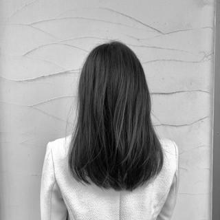 グレージュ デート ミディアム フェミニン ヘアスタイルや髪型の写真・画像 ヘアスタイルや髪型の写真・画像