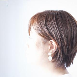 ショート グレージュ アッシュグレージュ ショートボブ ヘアスタイルや髪型の写真・画像