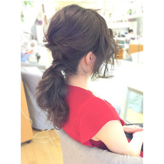 セミロング ハーフアップ 外国人風 ローポニーテール ヘアスタイルや髪型の写真・画像