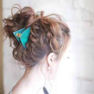 外国人風 パーティ セミロング ヘアアレンジ ヘアスタイルや髪型の写真・画像