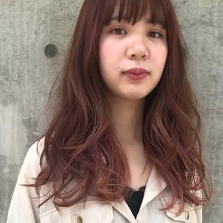セミロング ピンク ガーリー グラデーションカラー ヘアスタイルや髪型の写真・画像