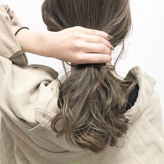 ハイトーン ミルクティー ナチュラル ロング ヘアスタイルや髪型の写真・画像