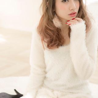 グラデーションカラー 大人かわいい ベージュ ピンク ヘアスタイルや髪型の写真・画像