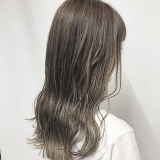セミロング 上品 外国人風カラー エレガント ヘアスタイルや髪型の写真・画像