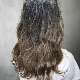 ロング 透明感 成人式 オフィス ヘアスタイルや髪型の写真・画像