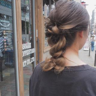 セミロング 涼しげ リラックス 夏 ヘアスタイルや髪型の写真・画像