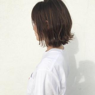 ナチュラル ハイライト 夏 ヌーディーベージュ ヘアスタイルや髪型の写真・画像