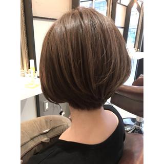 女子会 秋 ショート 透明感 ヘアスタイルや髪型の写真・画像