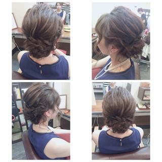 編み込み 結婚式 フェミニン ショート ヘアスタイルや髪型の写真・画像