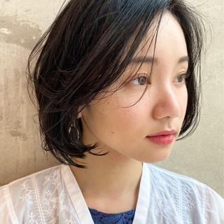 パーマ ショートヘア モード アンニュイほつれヘア ヘアスタイルや髪型の写真・画像