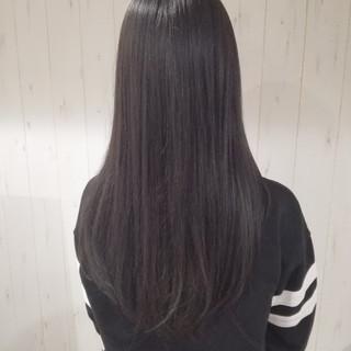 ナチュラル 艶髪 ダークアッシュ ロング ヘアスタイルや髪型の写真・画像