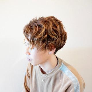 メンズパーマ メンズショート メンズ パーマ ヘアスタイルや髪型の写真・画像
