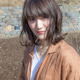 リラックス アンニュイ 抜け感 大人かわいい ヘアスタイルや髪型の写真・画像
