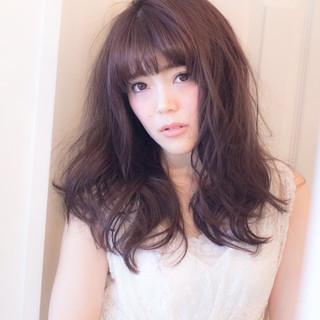 フェミニン セミロング 大人かわいい ゆるふわ ヘアスタイルや髪型の写真・画像