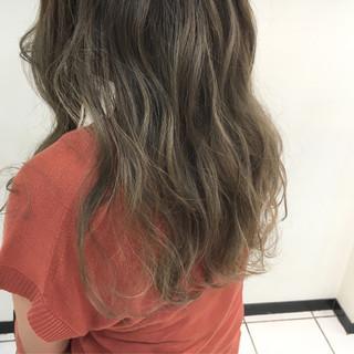 グラデーションカラー 外国人風カラー 透明感 アッシュ ヘアスタイルや髪型の写真・画像
