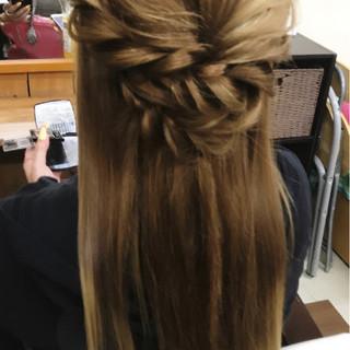 大人女子 ハーフアップ ガーリー 簡単ヘアアレンジ ヘアスタイルや髪型の写真・画像