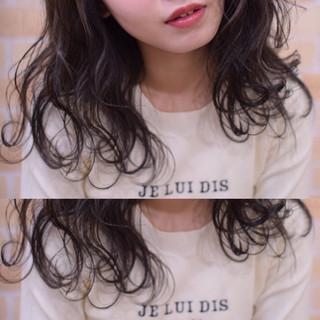 セミロング ヘアアレンジ アンニュイほつれヘア フェミニン ヘアスタイルや髪型の写真・画像