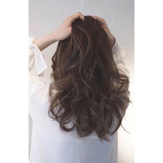 面長ロングさん向けヘアスタイル10選!自分に似合う髪形を知ろう。