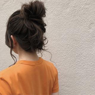 セミロング 簡単ヘアアレンジ ルーズ ヘアアレンジ ヘアスタイルや髪型の写真・画像 ヘアスタイルや髪型の写真・画像