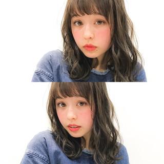 小顔 フェミニン バレンタイン 色気 ヘアスタイルや髪型の写真・画像