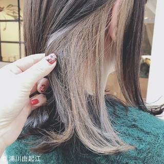 ミディアム オフィス デート インナーカラー ヘアスタイルや髪型の写真・画像