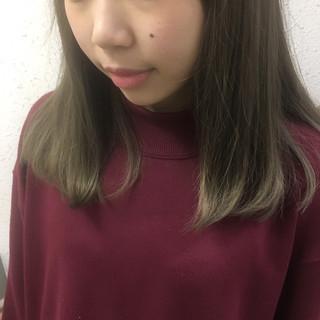 グレージュ 冬 ガーリー 秋 ヘアスタイルや髪型の写真・画像