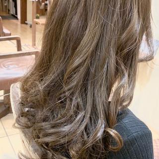 アディクシーカラー コテ巻き風パーマ エレガント コテ巻き ヘアスタイルや髪型の写真・画像