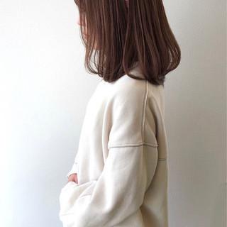 大人女子 ロブ 秋冬スタイル ナチュラル ヘアスタイルや髪型の写真・画像