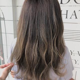 夏 ヘアアレンジ 涼しげ ハイライト ヘアスタイルや髪型の写真・画像