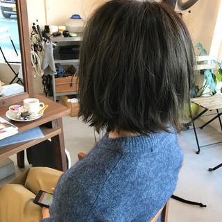 ハイライト グレージュ ボブ グラデーションカラー ヘアスタイルや髪型の写真・画像