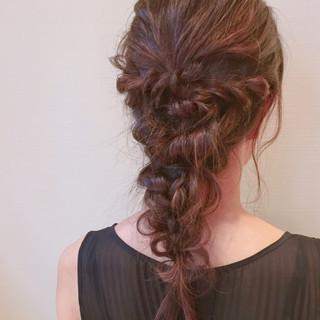 編み込み 結婚式 フェミニン モテ髪 ヘアスタイルや髪型の写真・画像