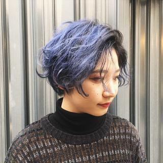 ショート 個性的 ハイトーン ブルー ヘアスタイルや髪型の写真・画像