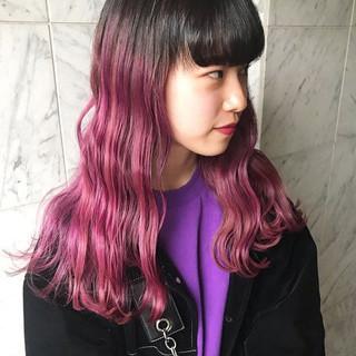 インナーカラー ロング ストリート ハイトーン ヘアスタイルや髪型の写真・画像