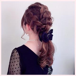 簡単ヘアアレンジ ヘアアレンジ フェミニン ゆるふわ ヘアスタイルや髪型の写真・画像