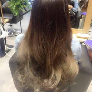 ロング 外国人風 モード ホワイトアッシュ ヘアスタイルや髪型の写真・画像