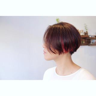 ブリーチ 刈り上げ ショート 小顔 ヘアスタイルや髪型の写真・画像