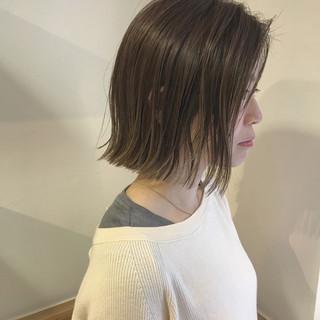 ロブ 透明感 切りっぱなし ハイライト ヘアスタイルや髪型の写真・画像