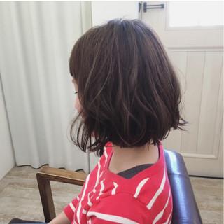 アッシュ 色気 外ハネ 切りっぱなし ヘアスタイルや髪型の写真・画像