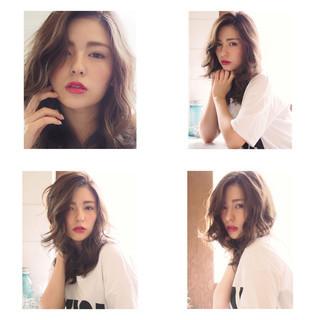 アンニュイほつれヘア ナチュラル ロング イルミナカラー ヘアスタイルや髪型の写真・画像