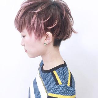 グラデーションカラー 刈り上げ ストリート ストレート ヘアスタイルや髪型の写真・画像