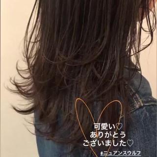 レイヤーロングヘア アンニュイほつれヘア セミロング ナチュラル ヘアスタイルや髪型の写真・画像