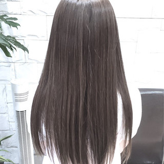 外国人風 グレー ストリート アッシュグレージュ ヘアスタイルや髪型の写真・画像