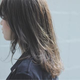 デート オルチャン イルミナカラー ミディアム ヘアスタイルや髪型の写真・画像