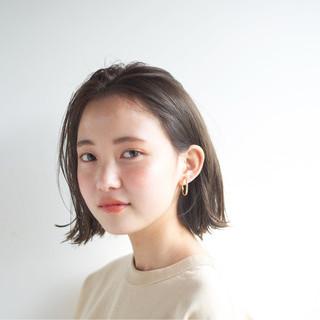 ナチュラル ショート 外国人風カラー アンニュイ ヘアスタイルや髪型の写真・画像 ヘアスタイルや髪型の写真・画像