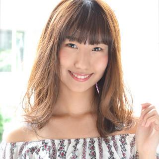 前髪あり 大人女子 セミロング ワイドバング ヘアスタイルや髪型の写真・画像