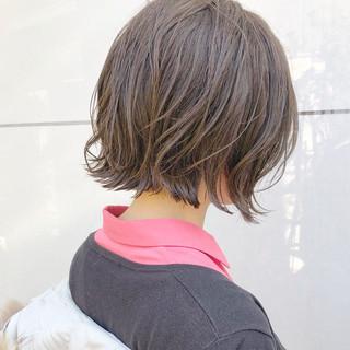 デート ボブ アンニュイほつれヘア パーマ ヘアスタイルや髪型の写真・画像