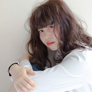 ヘアアレンジ アッシュ ピュア 外国人風 ヘアスタイルや髪型の写真・画像