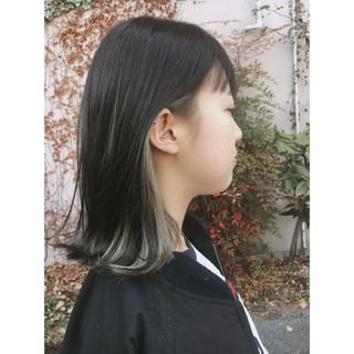 フェミニン 大人かわいい グレージュ インナーカラー ヘアスタイルや髪型の写真・画像
