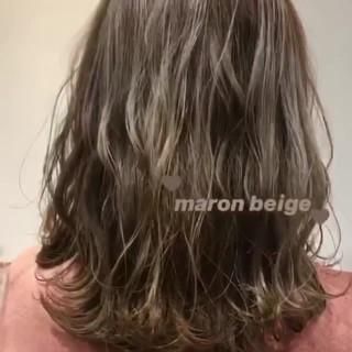 ミディアム シアーベージュ ナチュラル ミルクティーベージュ ヘアスタイルや髪型の写真・画像
